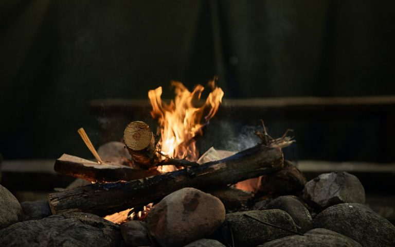 How to Keep a Campfire Going